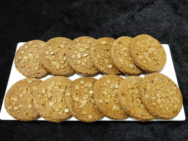 Oats Oatmeal Atta Cookies - Eggless