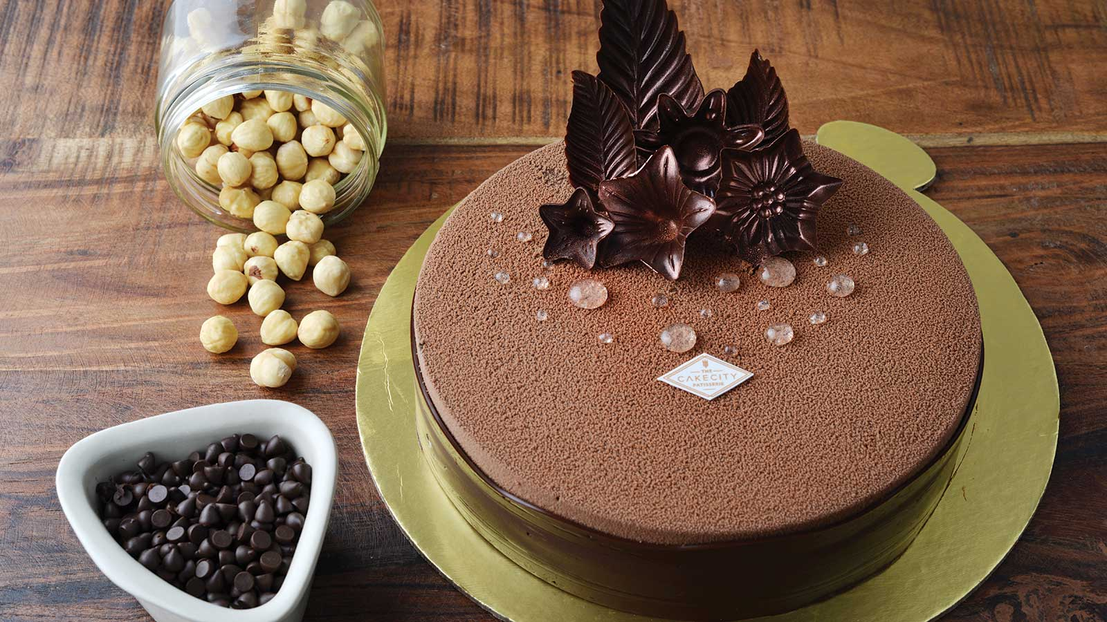 Order Cakes Desserts Bakery Cuisine Online From The Cakecity Patisserie
