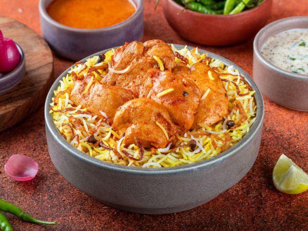 Hyderabadi Nizami Chicken Boneless Biryani